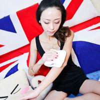 小清新风格的英伦唯美女生QQ头像