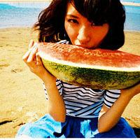 吃西瓜的女生QQ头像 看起来真让人嘴馋