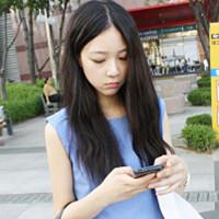 有气质的韩国美女姜惠研头像:愣在原地守望他的背影