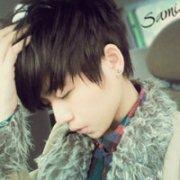 颓废的男生QQ悲伤头像:虽然会寂寞、但至少不会受伤害