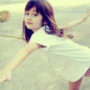 有点傻傻呆呆的可爱女孩QQ头像分享