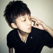 干净清爽的韩范QQ男生头像:你不是最好的却是我最爱的
