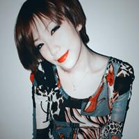 性感红唇女神时尚QQ头像 稍微与性感沾边就想卖弄