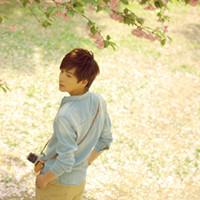酷酷的男生帅哥QQ头像:明知是场戏,却还要陪你演下去