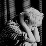 伤感的男生365投注平台头像:他会陪你看遍所有流年婉转的风景