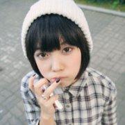 低调点的长相甜美的韩范女生QQ头像