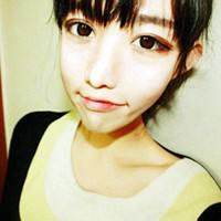 气质绝佳的漂亮女生QQ非主流头像