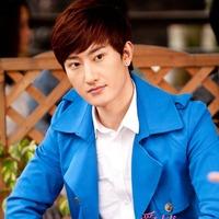 韩国人气明星安七炫365投注平台头像