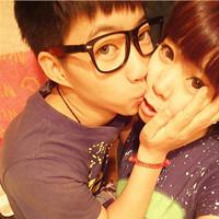 杨小妮和兔爷的外围足球情侣头像