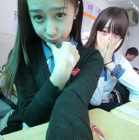 穿校服的QQ姐妹头像