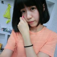 短发气质美女QQ头像