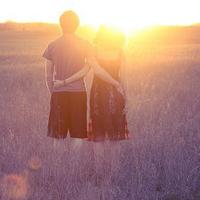 夕阳下的唯美情侣头像,我爱这样温馨的美景