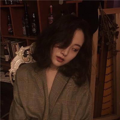2018最火微信头像女生唯美 我没有爱苦也只能自己熬