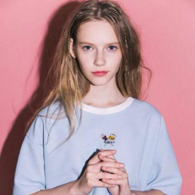 2018qq头像欧美女生清新气质高清图片 独立自信的女孩最惹人爱