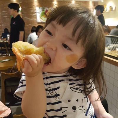 清纯萌娃女生微信头像2018最新 全幼儿园最可爱