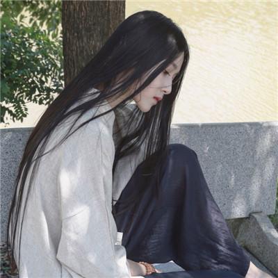 最新版2018超拽霸气女生长发头像 本是凉薄之人如何温暖他人