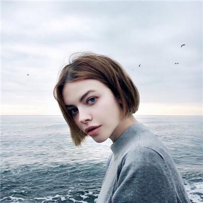 2018欧美帅气短发女生头像 有种失落叫做你没访问权限图片