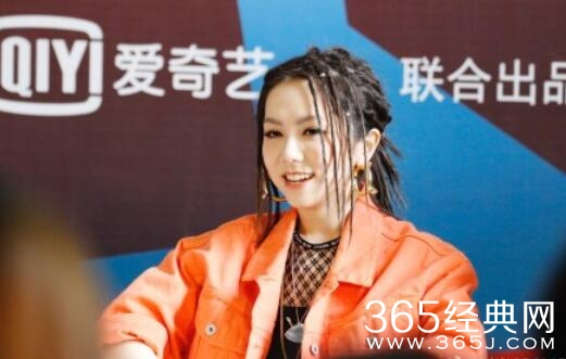 邓紫棋凭什么成为中国新说唱的明星制作人