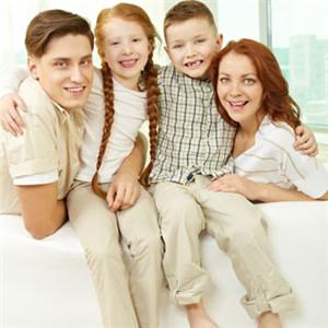 温馨的一家人 欧美家庭全家福头像