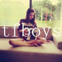 tfboys头像带字,带TFBOYS字样的女生头像