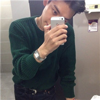玩手机的男生头像,适合男生用的帅帅qq头像