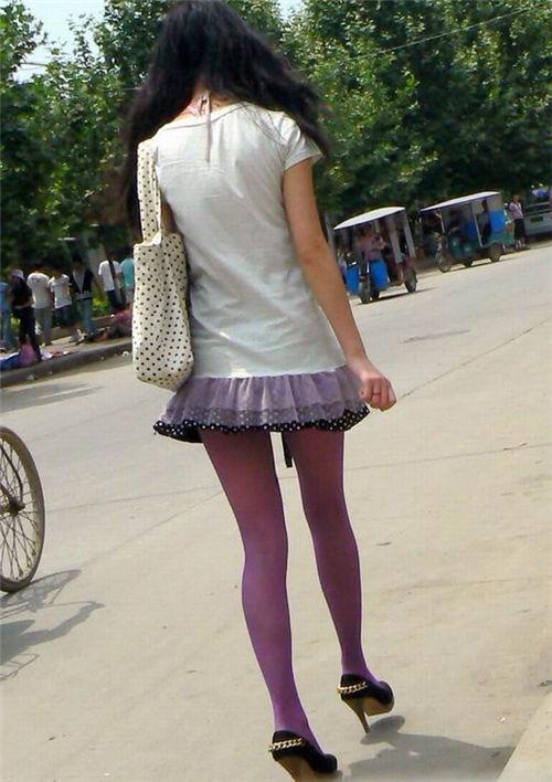 性感丝袜露b照_老师丝袜学生上课偷拍穿丝袜的女老师
