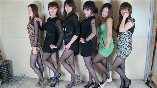 黑丝足交qvod_美女图片性感美女图片丝袜美女图片高清日本美女图片