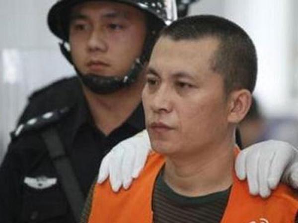 狱中猎艳犯被判刑 囚犯通奸细节被曝光
