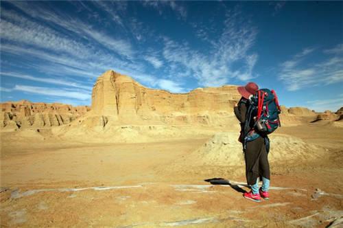 新疆乌尔禾魔鬼城风景图片