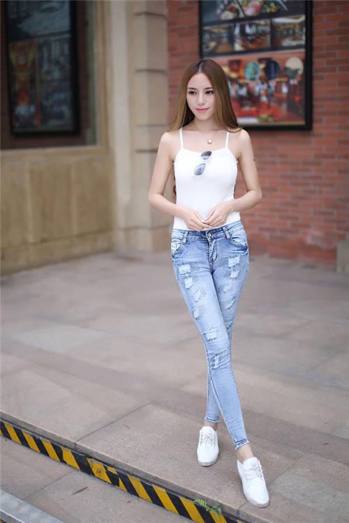 韩国牛仔裤美女图片