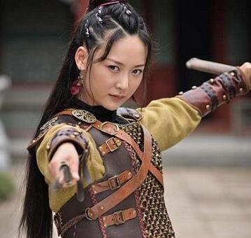 玉海棠许夏荷是谁演的?许夏荷的扮演者杨舒个人资料介绍