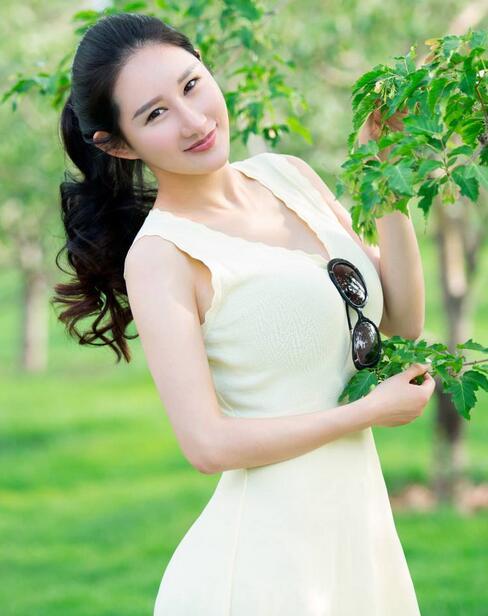 推女郎谭冰人体_亚博app官方下载 美女亚博app官方下载  谭冰vera,中国内地平面模特,推女郎第56期明星模特