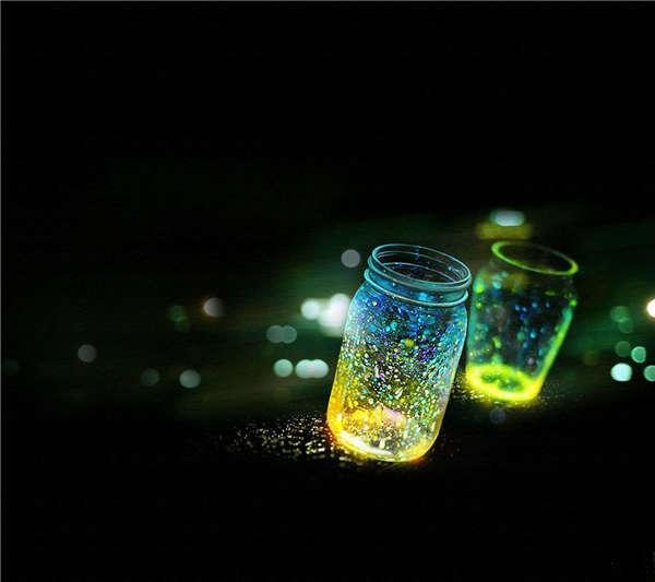 唯美梦幻的萤火虫图片