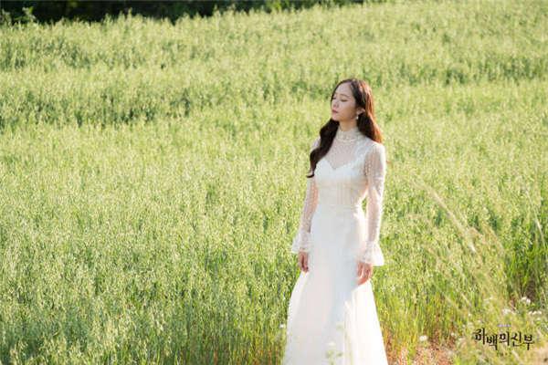 郑秀晶河伯的新娘高清剧照图片